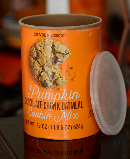 Trader Joe's Pumpkin Chocolate Chunk Oatmeal Cookie Mix, reviewed