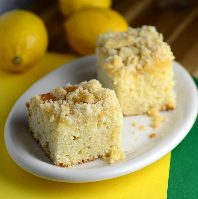 Lemon Curd Crumb Cake