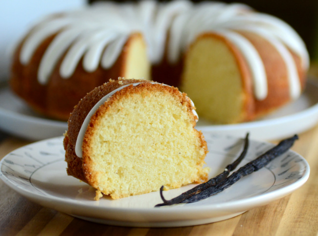 One Bowl Vanilla Bundt Cake